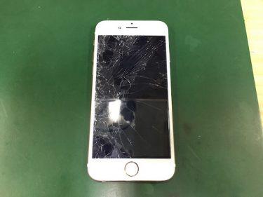 【iPhone6s】ガラス割れで操作も一部できない状態